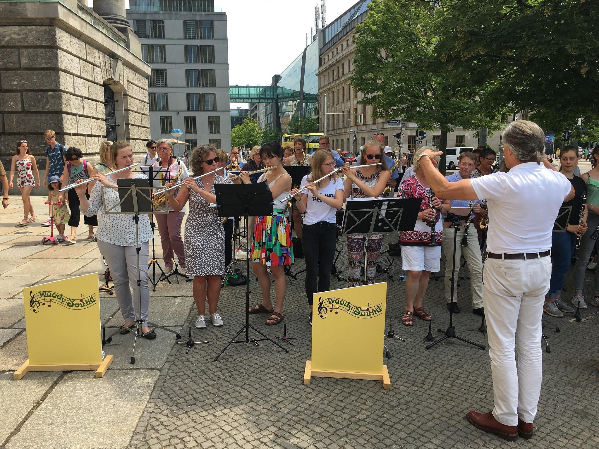 Emily Erdbeer Ausmalbilder Neu Spd Landkreis Harburg Mit Freude Zukunft Gestalten orchester Neu Das Bild