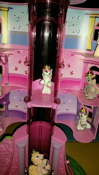 Filly Pferd Turm Inspirierend Filly Turm Plus Fillys Mamikreisel Fotos