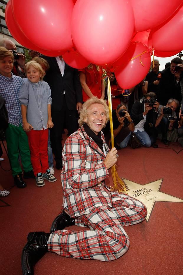 Walk Of Fame Stern Vorlage Frisch Thomas Gottschalk Seine Schrägsten Looks S 15 Bilder